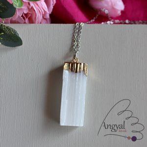 Szelenit kristály medál