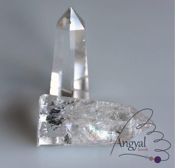 Hegyikristály csiszolt kristálycsúcs
