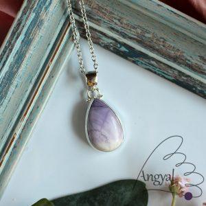 Tiffany-kő ásvány medál ezüstözött foglalatban