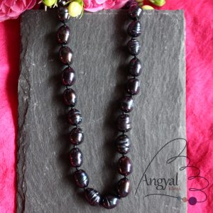 Fekete tenyésztett igazgyöngy nyaklánc
