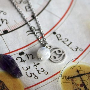 Horoszkóp medálos nemesacél nyaklánc - Rák, fehér holdkő