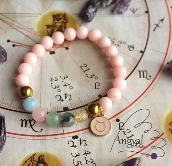 Horoszkópos ásvány karkötő Bika medállal