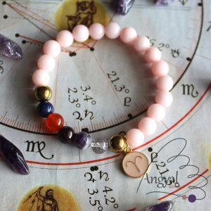 Horoszkópos ásvány karkötő Kos medállal