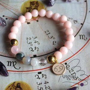 Horoszkópos ásvány karkötő Rák medállal