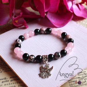 Rózsakvarc-rodonit-ónix ásvány karkötő angyalkával