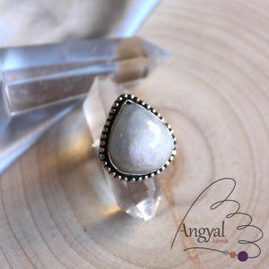 Fehér holdkő gyűrű - ezüstözött, 8.5 méret