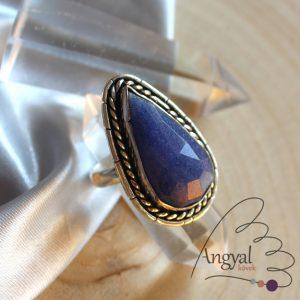 Fazettált zafír gyűrű ezüstözött foglalatban - 8.75 méret