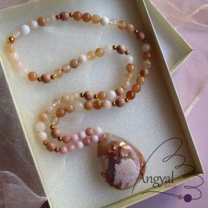 Szakuraachát-opál fémmentes nyaklánc