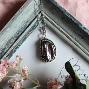Tenyésztett gyöngy ezüstözött foglalatban